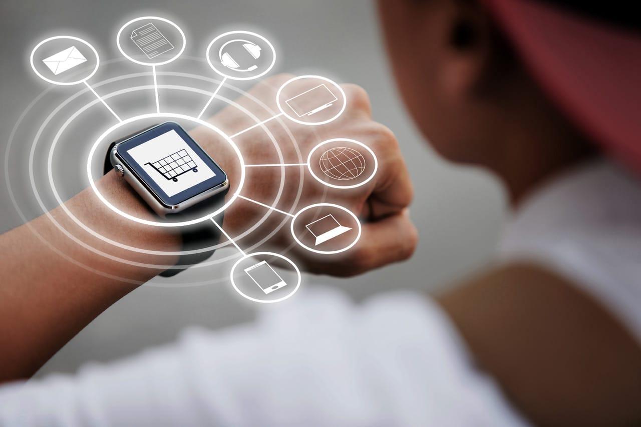 Montres connectées vs montres traditionnelles