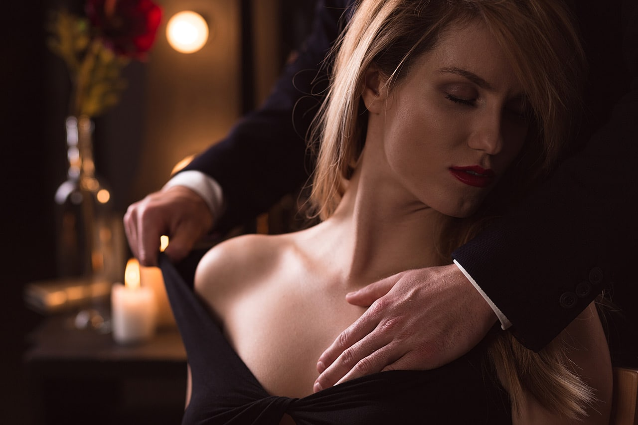 Caresser une femme : comment la rendre folle de plaisir avec vos mains ? ndash;  Masculin.com