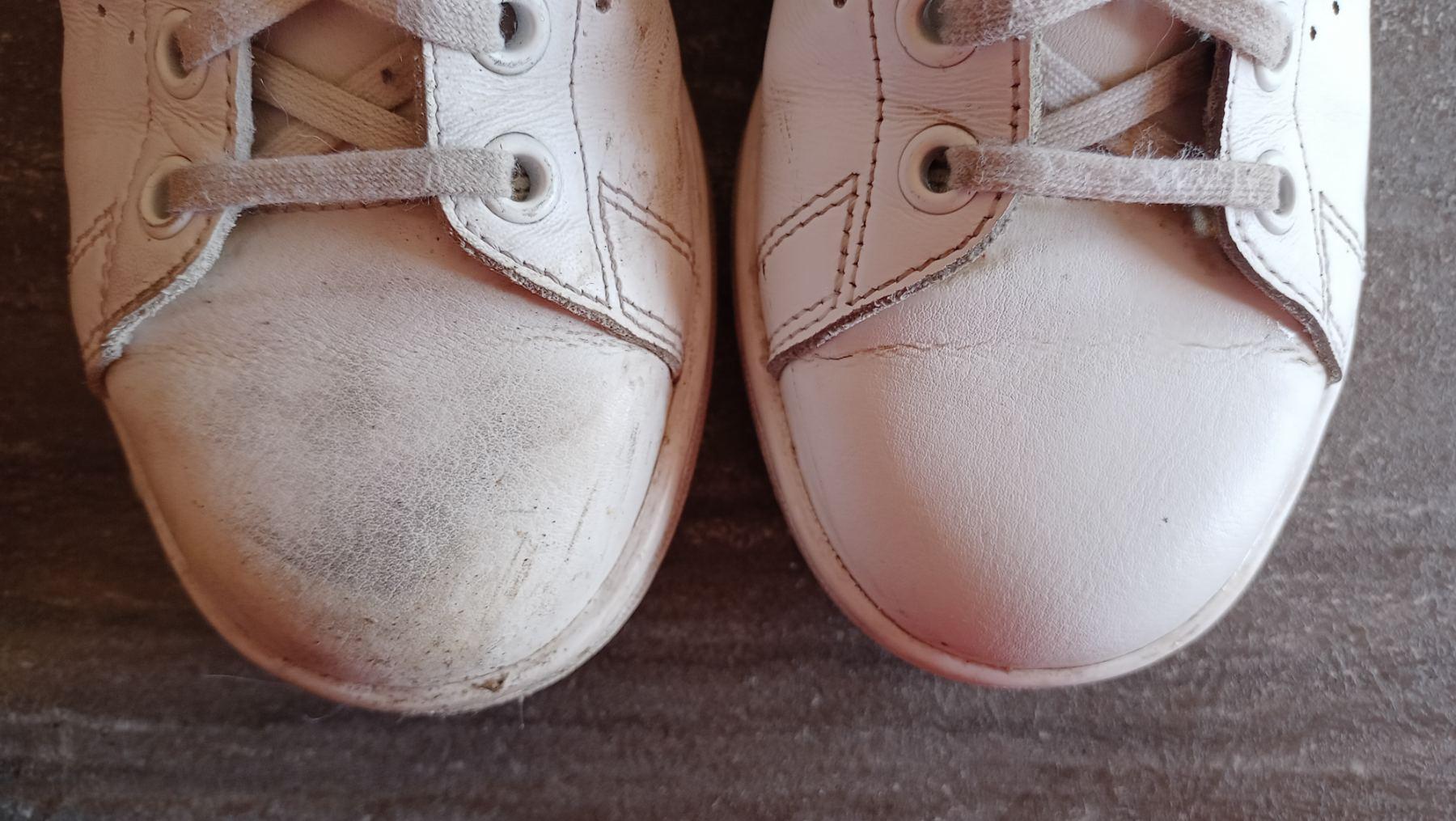 Sneakers Cleaner Philips - comparaison avant-après