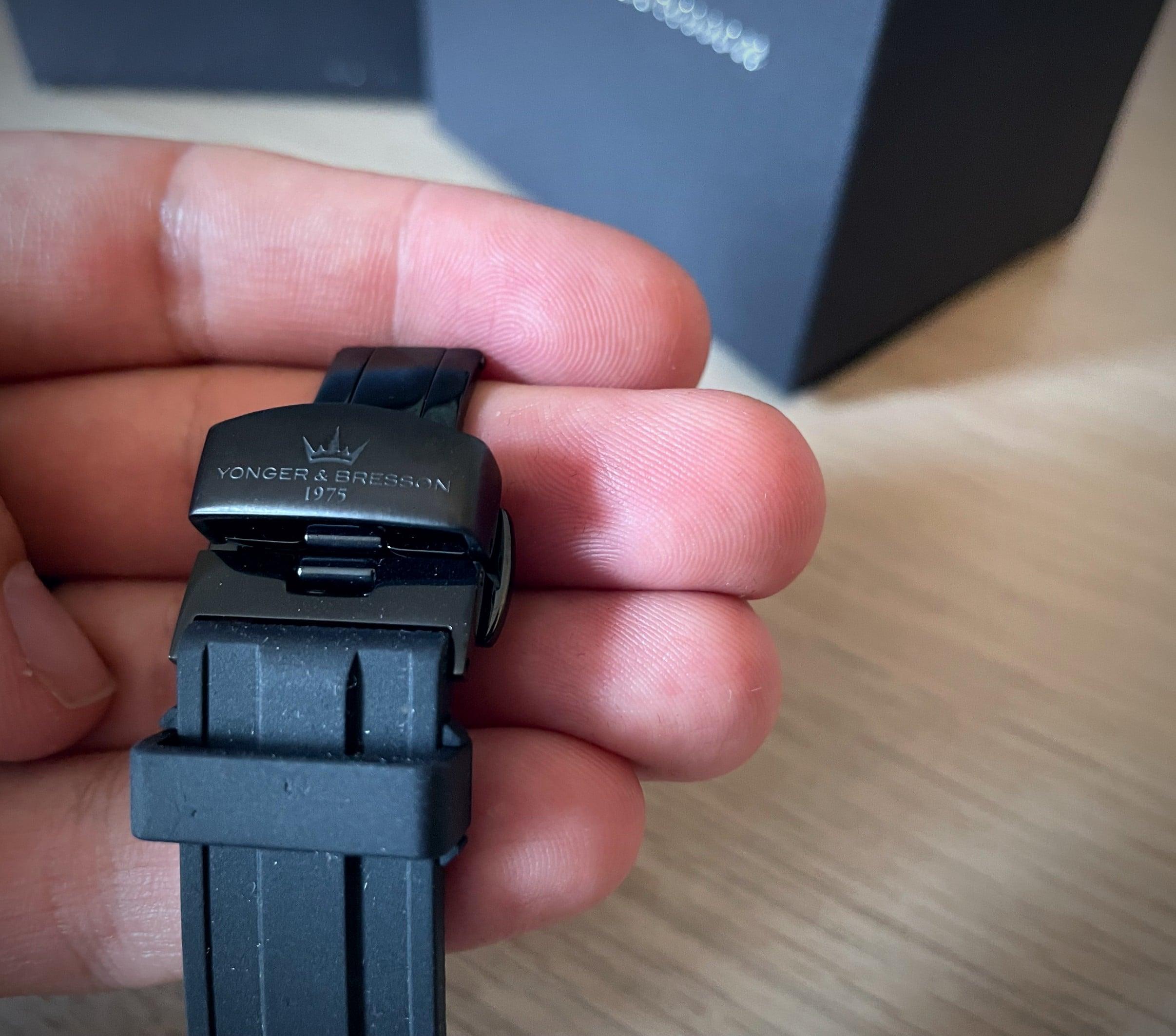 Montre Yonger & Bresson - bracelet silicone