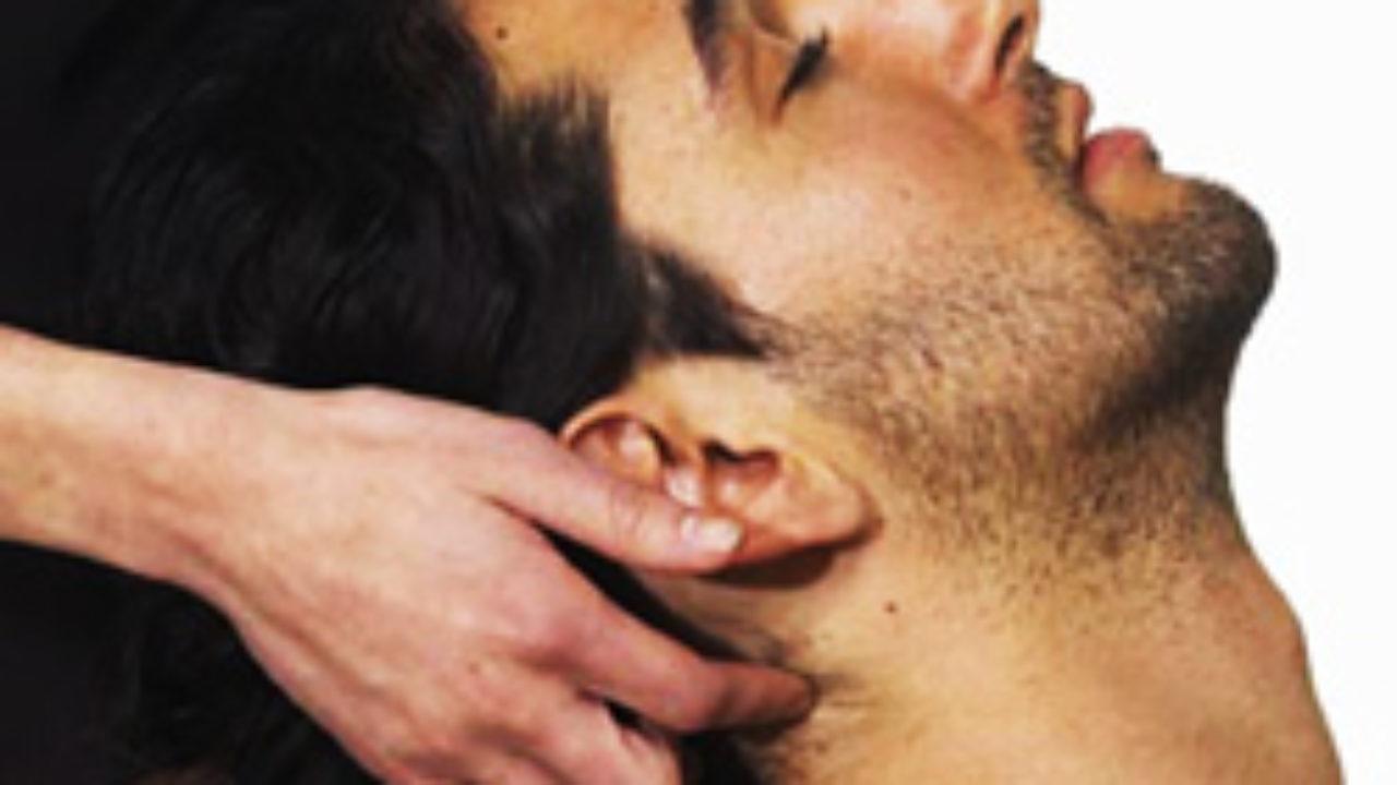 Massage avec un commencement et une fin heureuse