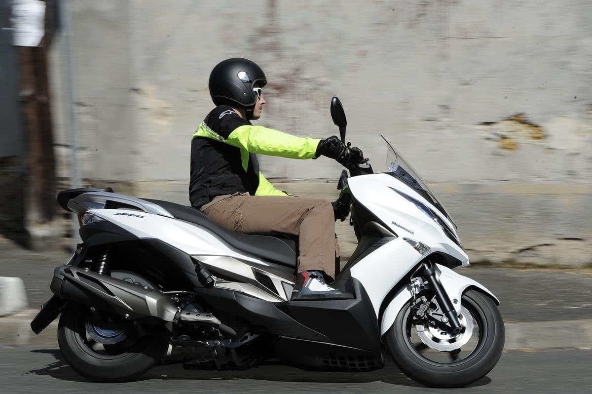 Comparatif Scooter Quel 400 Pour Aller Bosser Masculin Com